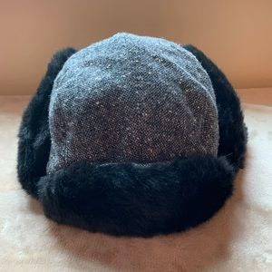 Express Gray/black tweed faux furlined aviator hat